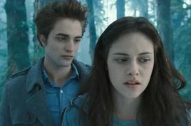 Edward: What am I? Bella: A freak?