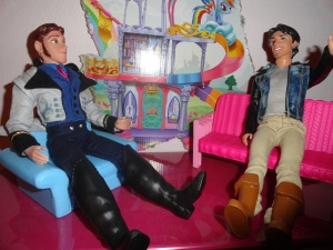 Hans: Greetiings, Mr. Rider.  You have quite a bit in common with Aladdin.  Both of you are thiefs, both of you married beautiful princesses to inherit their kingdoms . . . really, what did I do wrong? Flynn: Maybe the murder part.  Just a guess.  Hey, nice watch. Flynn: Why thank you . . . wait a minute.  Next!